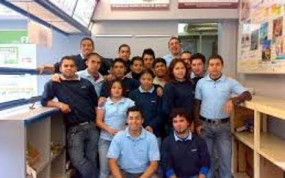 Nos interesan estudiantes con Ingeniería Industrial o Mecánica