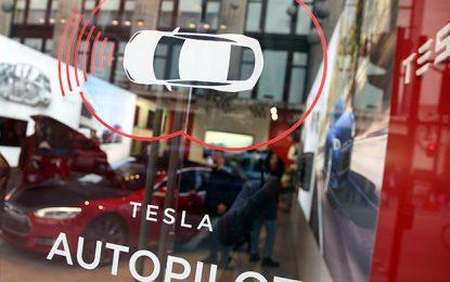 Accidente Fatal en vehículo-autónomo de Tesla nos recuerda que los Robóts no son perfectos