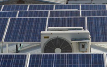 El FIDE apoya a habitantes y empresarios con Sistemas para la Generación Distrubuída de Energía Electricidad