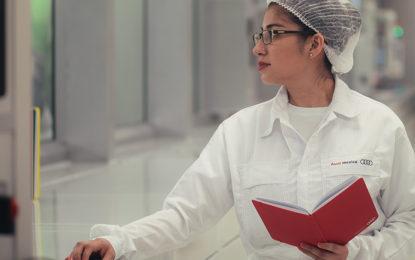 Adquiere experiencia en Audi México y en Alemania